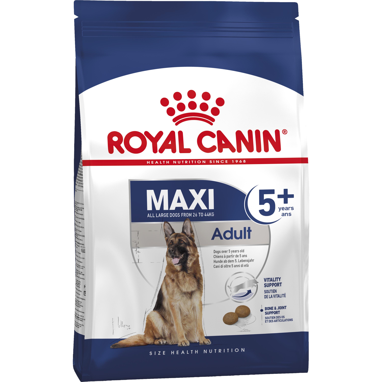Hundfoder Royal Canin Maxi Adult +5, 15 kg